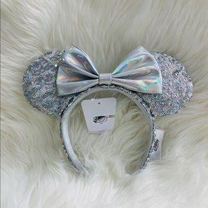 Disney Parks Magic Mirror Silver Minnie Mouse Ears